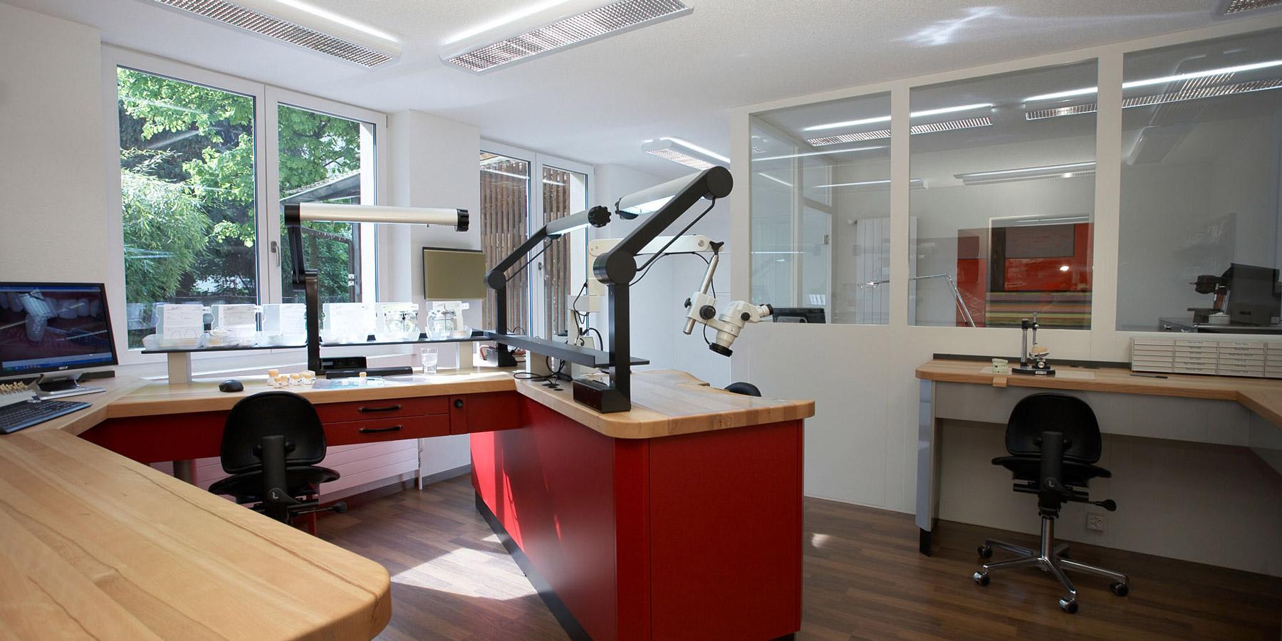 Foto Rohrer Dental-Labor Unternehmen